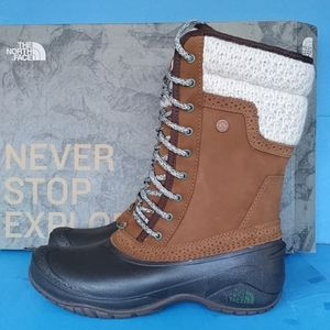 BRAND NEW THE NORTH FACE SHELLISTA II MID